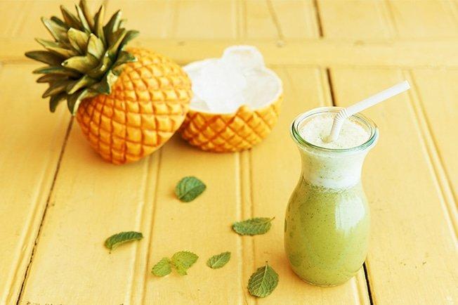 Suco detox de beterraba com abacaxi fortalece o sistema imunológico e ajuda a emagrecer